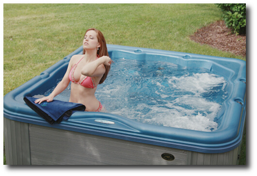 Encore_summer_relaxation_Nordic_Hot_Tubs